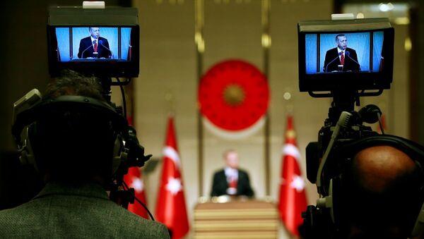 Türkiye Cumhurbaşkanı Recep Tayyip Erdoğan - basın - gazeteciler - Sputnik Türkiye