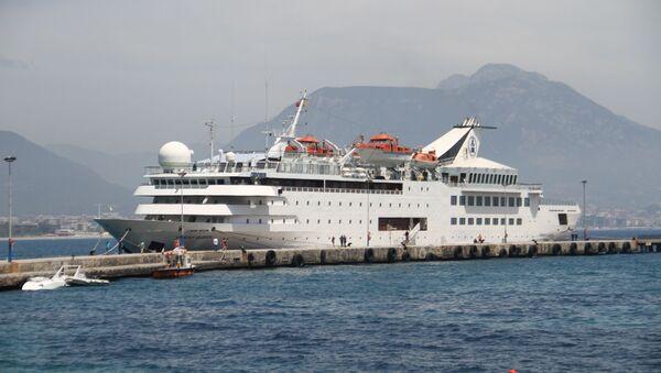 Alanya'ya ilk kruvaziyer gemisi demir attı - Sputnik Türkiye