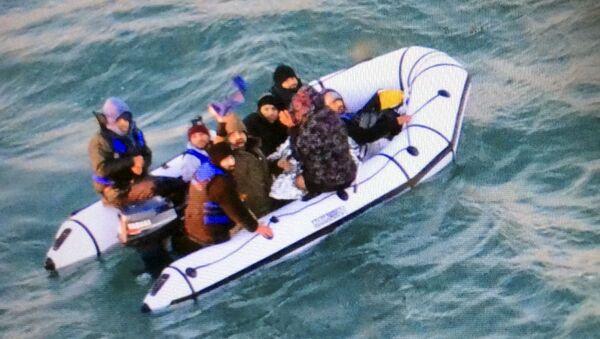 Manş Denizi , göçmen - Sputnik Türkiye