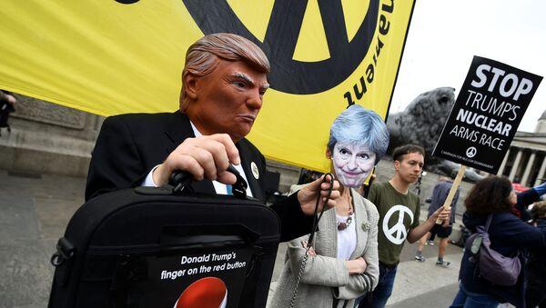Londra'da Trump'ı protesto gösterileri - Sputnik Türkiye