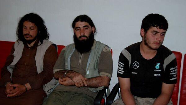 Yayladağı ilçesinde kaçak yollardan ülkeye girmeye çalışırken yakalanan IŞİD üyesi oldukları iddia edilen 3 kişi tutuklandı. - Sputnik Türkiye