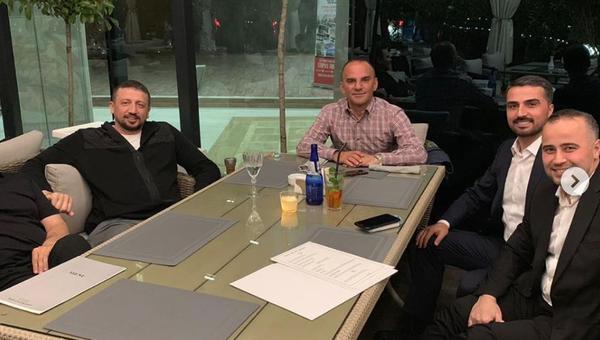 Metro Turizm'in firari sahibi, Erdoğan'ın Başdanışmanı Türkoğlu'yla birlikte görüntülendi - Sputnik Türkiye
