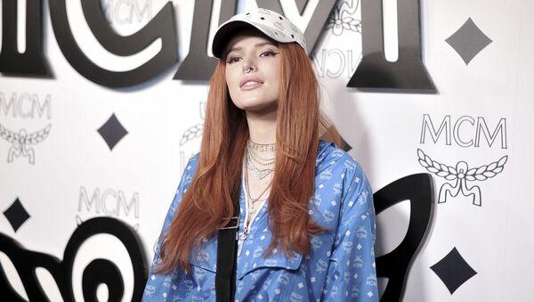 ABD'li oyuncu ve şarkıcı Bella Thorne - Sputnik Türkiye