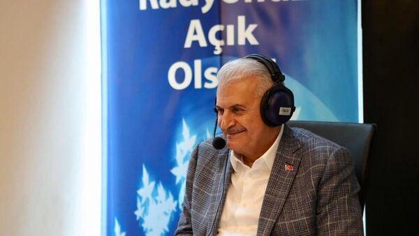 AK Parti İstanbul Büyükşehir Belediye Başkan Adayı Binali Yıldırım, radyo ortak programına katılarak soruları yanıtladı.  - Sputnik Türkiye