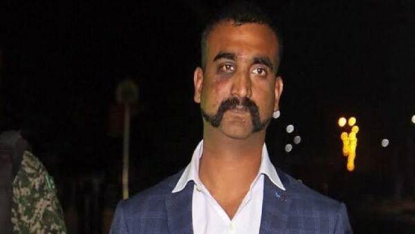 Pakistan'da düşürülen Hint savaş uçağının pilotu Abhinandan Varthaman - Sputnik Türkiye