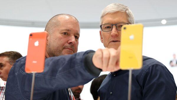 Apple'ın baş tasarımcısı Jony Ive görevinden ayrılıyor - Sputnik Türkiye