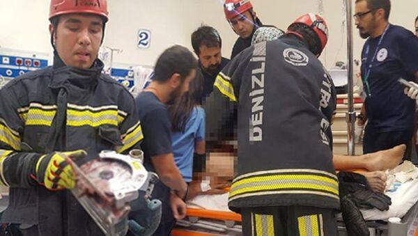 Denizli'de, cinsel organına elektrikli testere saplanan işçi, yaralandı - Sputnik Türkiye