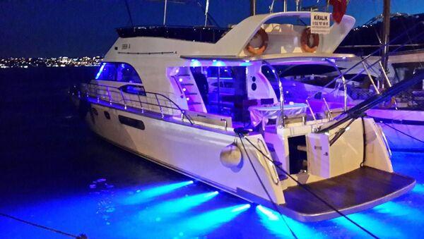 İstanbul Valiliği'nden 'tekne' kararı: 3 Temmuz'a kadar süre verildi; para cezası var - Sputnik Türkiye