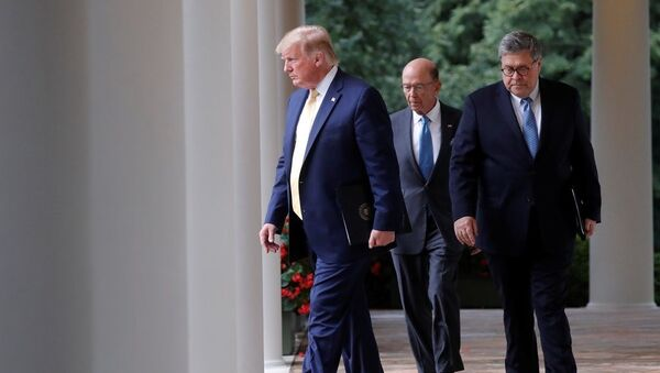 Donald Trump - Wilbur Ross - Bill Barr - Sputnik Türkiye
