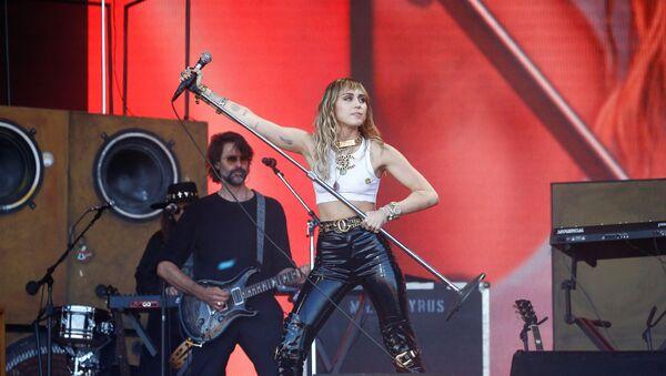 Miley Cyrus - Sputnik Türkiye
