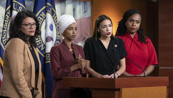 ABD Demokrat Kongre üyeleri Alexandria Ocasio-Cortez, İlhan Omar, Ayanna Pressley ve Rashida Tlaib - Sputnik Türkiye