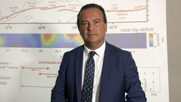 Kandilli Müdürü Özener : Şu anda 7.2 büyüklüğünde bir deprem olursa sürpriz olmaz - Sputnik Türkiye