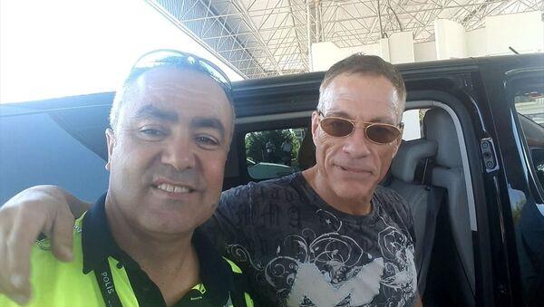 Dünyaca ünlü aktör Jean Claude Van Damme, Bodrum ilçesine geldi. - Sputnik Türkiye