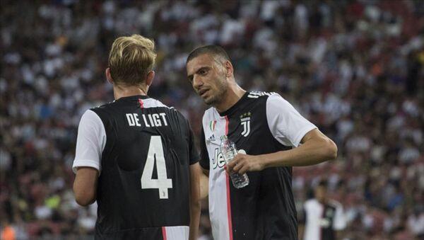 Uluslararası Şampiyonlar Kupası'nda normal süresi 1-1 biten mücadelenin ardından Juventus, penaltılar sonunda Inter'e 4-3 üstünlük sağladı. - Sputnik Türkiye