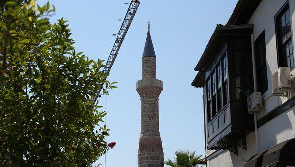 Antalya'nın ilk yerleşim bölgesi Kaleiçi'nde yer alan ve Selçukluların fethi sonrası kiliseden camiye çevrilerek, Şehzade Korkut'un adının verildiği cami - Sputnik Türkiye