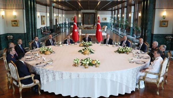 Recep Tayyip Erdoğan başkanlığında yapılan Yüksek Askeri Şura toplantısı  - Sputnik Türkiye