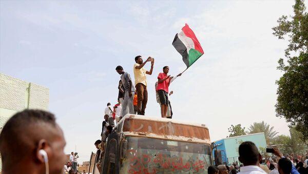 Sudan'da gösteriler - Sputnik Türkiye