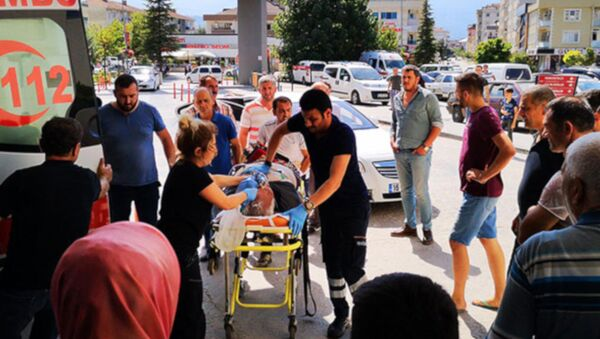 Arkadaşının cenazesinde fenalaştı, hastanede öldü - Sputnik Türkiye