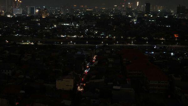 Endonezya'da büyük çaplı elektrik kesintisi - Sputnik Türkiye