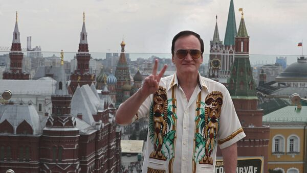 Ünlü yönetmen Quentin Tarantino, 'Bir Zamanlar Hollywood' filminin gösterimi için Moskova'da - Sputnik Türkiye