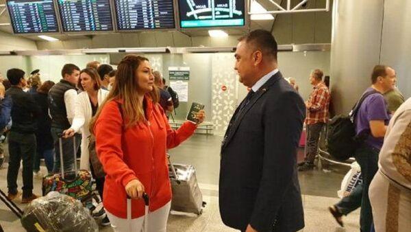 Rusya'ya vizesiz ilk Türk yolcu giriş yaptı - Sputnik Türkiye