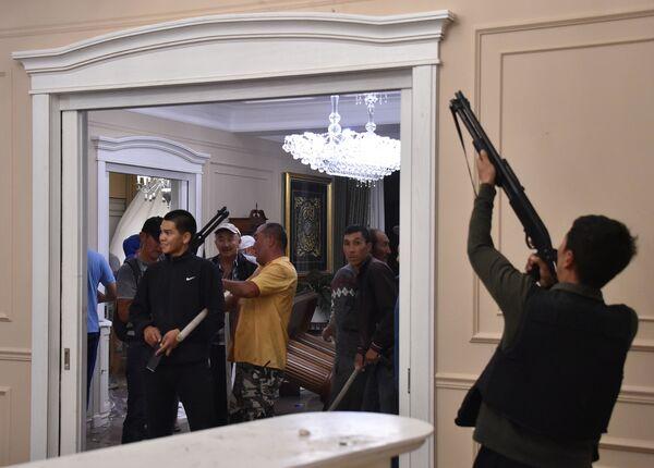 Kırgızistan'da Atambayev'in evine operasyon - Sputnik Türkiye