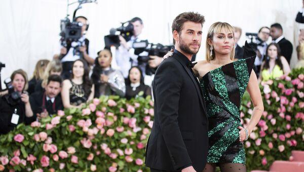 Miley Cyrus- Liam Hemsworth - Sputnik Türkiye