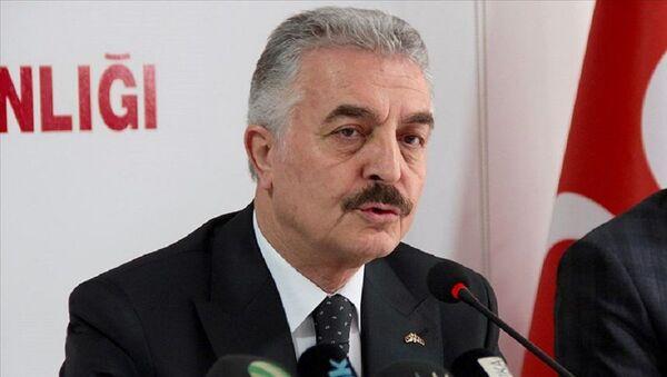 İsmet Büyükataman - Sputnik Türkiye