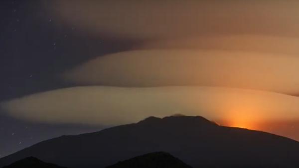 Etna Yanardağı, bulut - Sputnik Türkiye