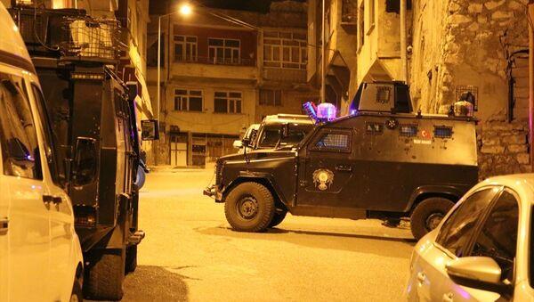 Siirt'te ihbar üzerine olay yerine giden polis ekibine silahlı saldırı - Sputnik Türkiye