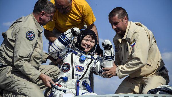Anne McClain - Sputnik Türkiye