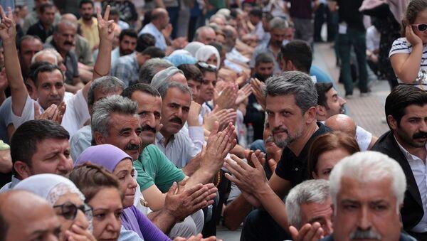 Diyarbakır, kayyum protestosu, oturma eylemi - Sputnik Türkiye