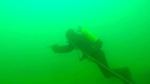 Rus denizciler, nükleer denizaltılarını gizleyerek bulundukları üsten tahliye etti - Sputnik Türkiye