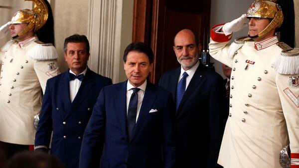 İtalya Başbakanı Giuseppe Conte - Sputnik Türkiye