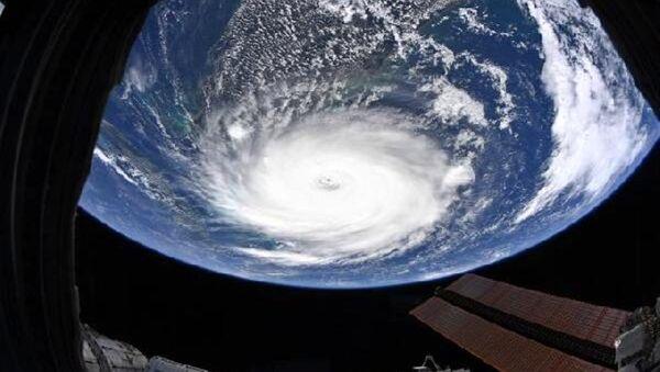 NASA, Dorian Kasırgası'nın yeni görüntüsünü yayınladı - Sputnik Türkiye