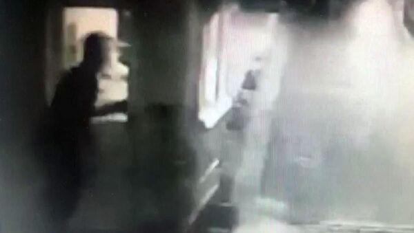 Milli kick boksçu 'Yan baktın' diyerek tartıştığı kişiyi bıçaklayarak öldürdü - Sputnik Türkiye