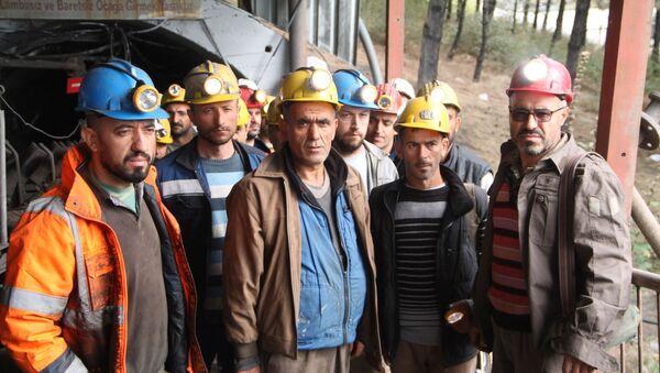Maden işçileri açlık grevine başladı - Sputnik Türkiye