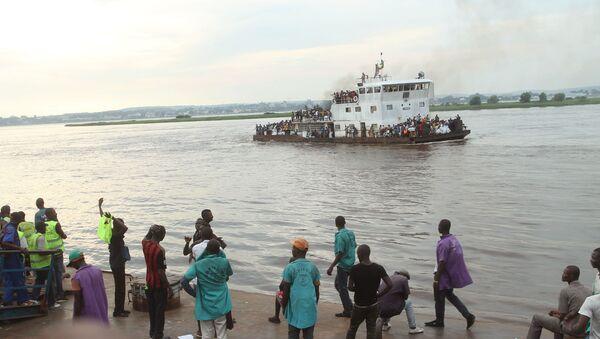 Kongo nehrinde tekne battı - Sputnik Türkiye