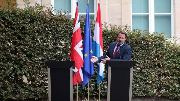 İngiltere Başbakanı Johnson tepkiler üzerine kürsüye çıkmadı - Sputnik Türkiye