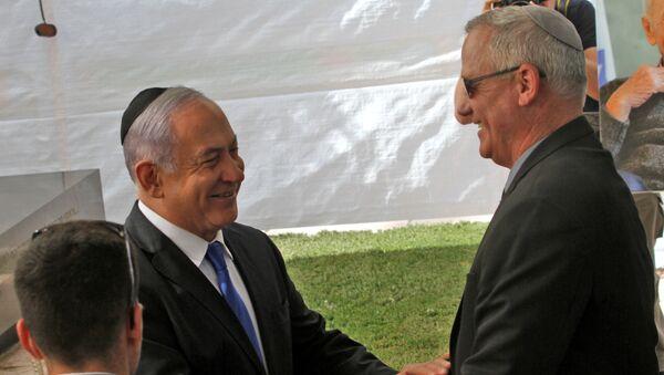 İsrail Başbakanı Benyamin Netanyahu ve Mavi-Beyaz İttifakı lideri Benny Gantz - Sputnik Türkiye