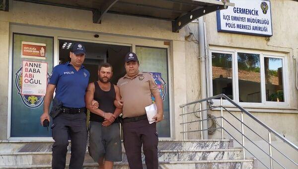 Aydın'ın Germencik ilçesinde bekçilik yaptığı bahçeden 900 kilogram incir çaldığı iddiasıyla gözaltına alınan kişi cezaevine gönderildi - Sputnik Türkiye
