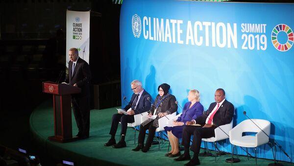Türkiye Cumhurbaşkanı Recep Tayyip Erdoğan, Birleşmiş Milletler (BM) İklim Zirvesi'ne katıldı. - Sputnik Türkiye