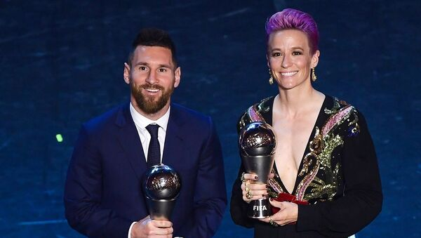 Lionel Messi ve Megan Rapinoe  - Sputnik Türkiye