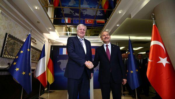 Almanya İçişleri Bakanı Horst Seehofer, Türk mevkidaşı Süleyman Soylu ile görüştü. - Sputnik Türkiye