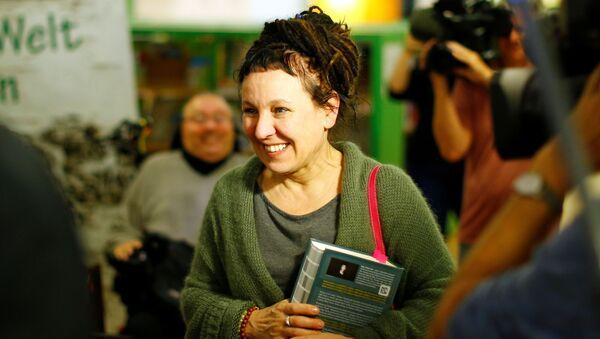Nobel Edebiyat Ödülü kazanan Olga Tokarczuk - Sputnik Türkiye