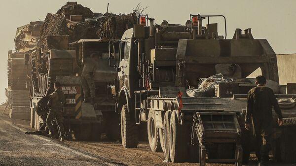 TSK'ya ait tanklar Şanlıurfa Suriye sınırında - Sputnik Türkiye