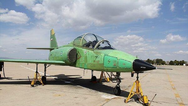 İran 'yerli üretim' askeri eğitim uçağını tanıttı - Sputnik Türkiye