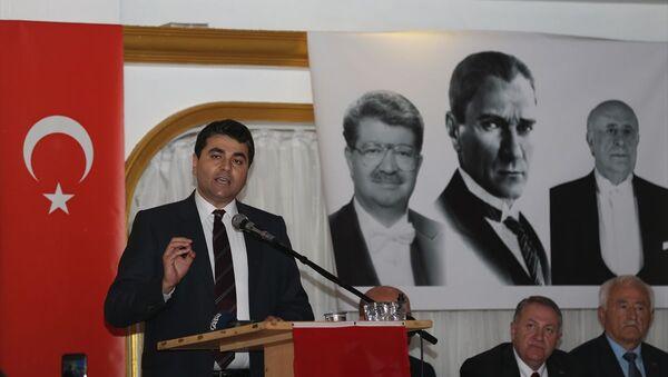 Demokrat Parti Genel Başkanı Gültekin Uysal - Sputnik Türkiye