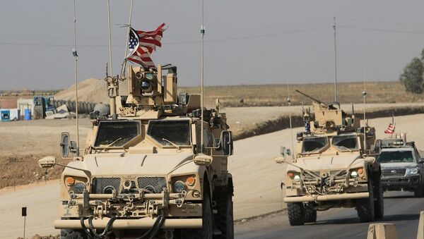 Suriye'den çekilen ABD askerleri Irak'a ulaştı - Sputnik Türkiye