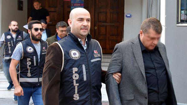 60 mağazası bulunan optikçi ve yönetim kurulu üyeleri gözaltına alındı - Sputnik Türkiye